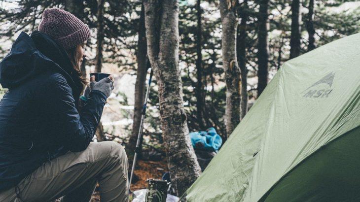 キャンプの際の注意点!テントと焚き火の距離感について